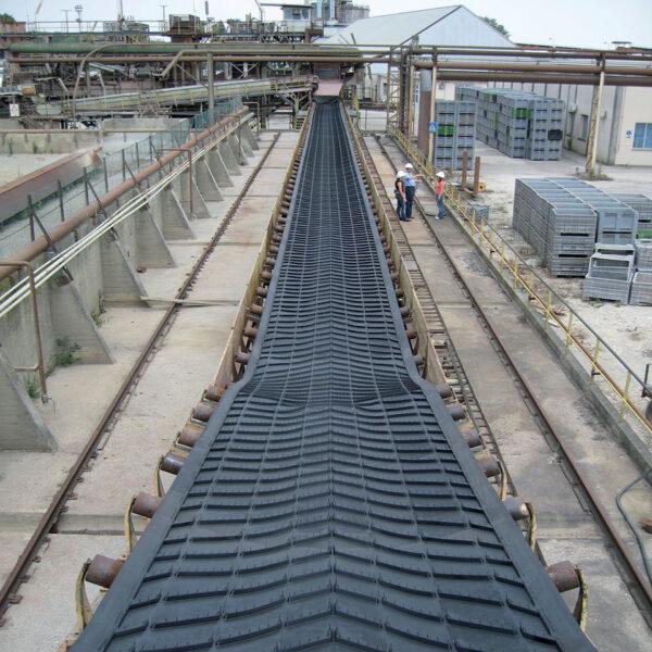 V Cleated Chevron Conveyor Belts 3
